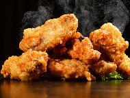 Рецепта Панирани хрупкави пилешки крилца с бакпулвер на фурна със сусам